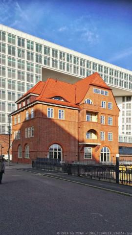 25hours Hotel Hamburg HafenCity HEIMAT Küche + Bar ...