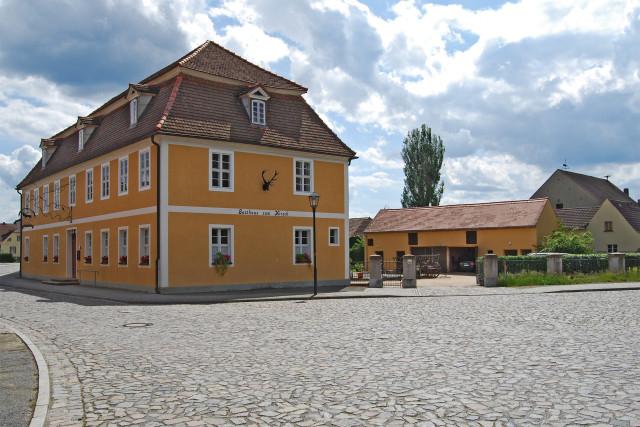 """Gasthof """"Zum Hirsch"""" Inh. Frank-Wilhelm Binde in Luckau (Fürstlich ..."""