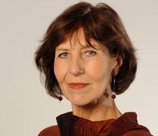 Angela W. Röders Rezitaorin