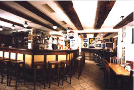 Zum Pflugwirt (Lindas Bar) Thannhausen, Schwaben