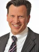Robert Nölken Zahnarzt für Oralchirugie
