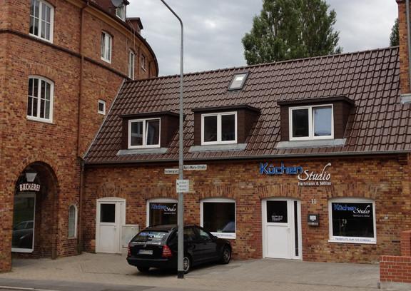 Kuchenstudio hartmann moller rostock kuchenmobel for Küchenstudio rostock