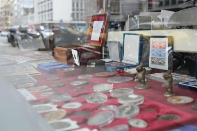 Antiquitäten Düsseldorf ata antiquitäten tel 0211 58303 bewertung