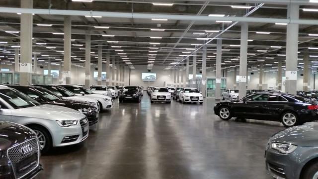 Audi Gebrauchtwagen :plus Zentrum München - Audi München ...