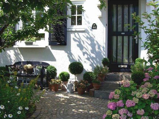 Böhne Gartengestaltung Und Pflege Düsseldorf Düsseldorf - Garten ... Garten Gestaltung Und Pflege