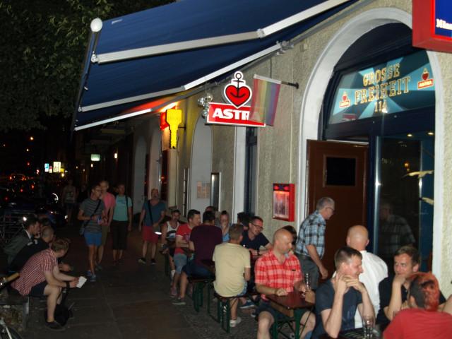 Bar & cafe himmelreich berlin