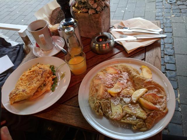4cani frühstück
