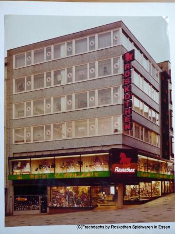 1a466fab7b5f8 Unser Elternhaus Roskothen 1978 in der Essener Innenstadt