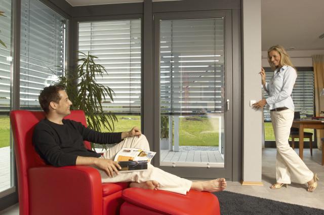 gl ck franke fenster rolladen technik vertriebs gmbh fenster kaufen berlin tempelhof 16. Black Bedroom Furniture Sets. Home Design Ideas