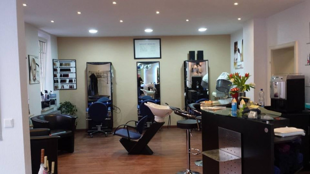 gute friseure n nberg haarstudio asise friseur tel 0911 3343 11880 com. Black Bedroom Furniture Sets. Home Design Ideas