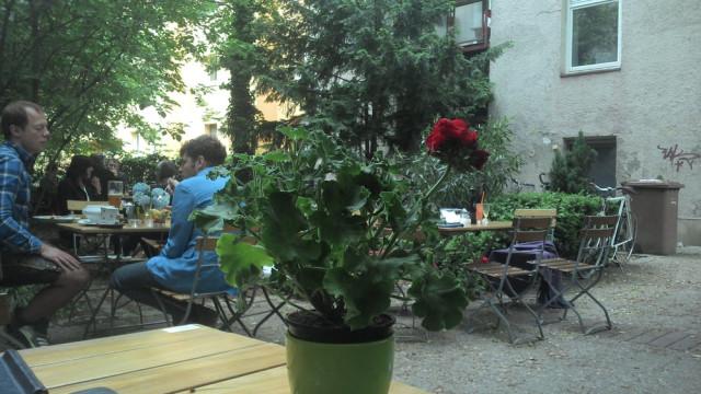 Hinterhofcafe Munchen Au Haidhausen Offnungszeiten