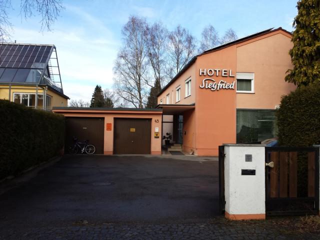 Hotel Siegfried Ottobrunn Offnungszeiten Telefon Adresse