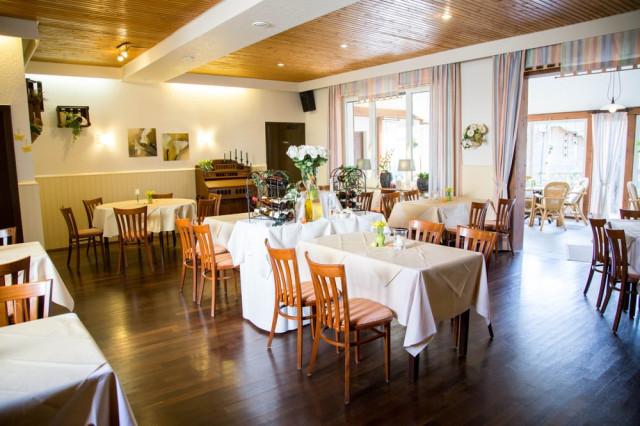 Hotel Und Restaurant Zum Grunewald Dinslaken Telefon Adresse