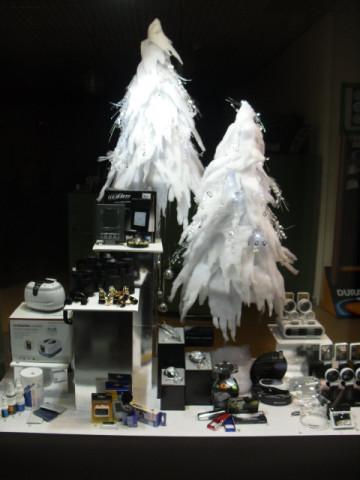 Klein design deko event mehr tel 06372 5073 for Weihnachtsdeko schaufenster