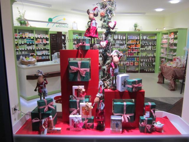 Klein design deko event mehr tel 06372 5073 Weihnachtsdeko schaufenster apotheke
