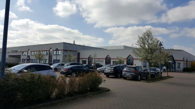 sale retailer d3b66 05879 LLOYD FACTORY OUTLET SULINGEN Sulingen | Öffnungszeiten ...