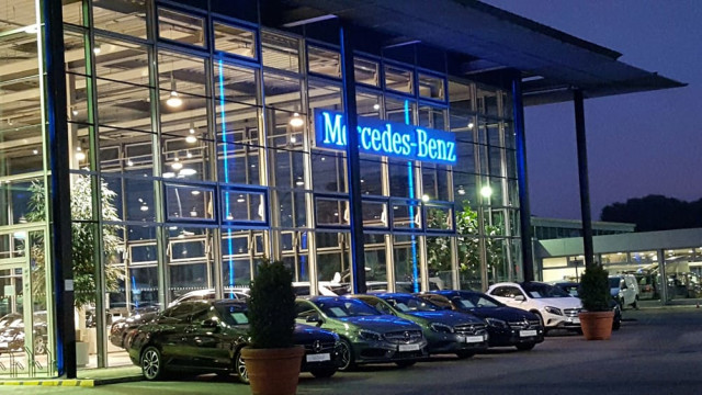 mercedes benz berlin center spandau autohandel berlin spandau 336 bewertungen. Black Bedroom Furniture Sets. Home Design Ideas