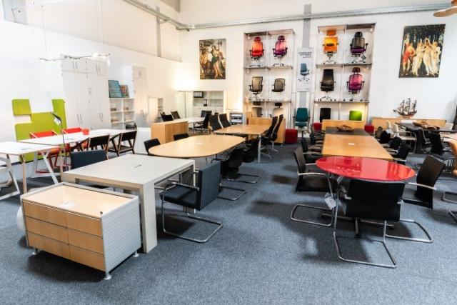 Favorit office-4-sale Büromöbel Lagerverkauf bei Berlin, Frankfurt FR22