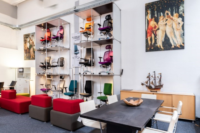 Super office-4-sale Büromöbel Lagerverkauf bei Berlin, Frankfurt GH76
