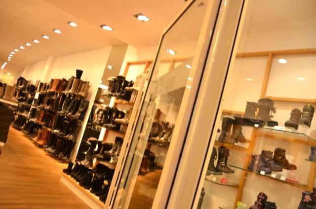 palm shoes Düsseldorf Benrath   Öffnungszeiten   Telefon