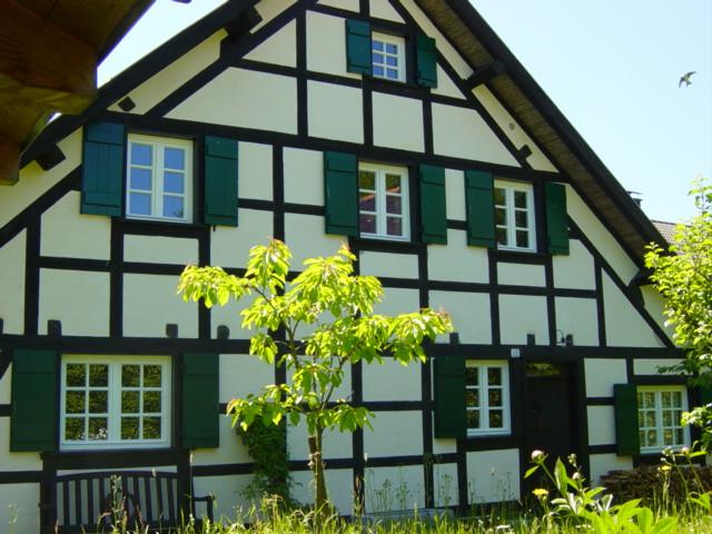 R Keuchen Tischlermeister Tel 0241 593