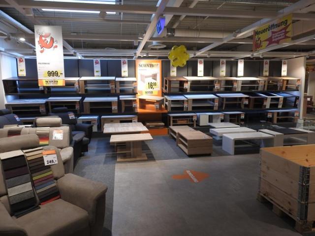 Sconto Sb Der Möbelmarkt Gmbh Tel 040 710090