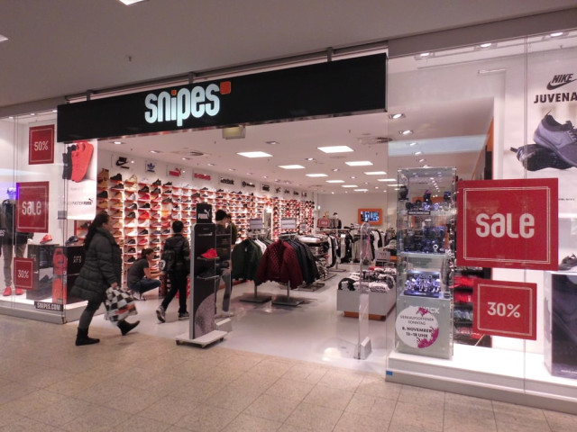 Snipes Gmbh Fil Hamburg 2 Tel 040 525992