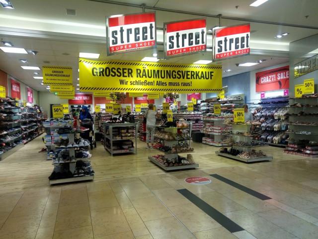b0b9dbbce900f6 ▷ Street Super Shoes in den Düsseldorf Arcaden ✅