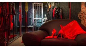 Studio Revolution Lady Alina Köln