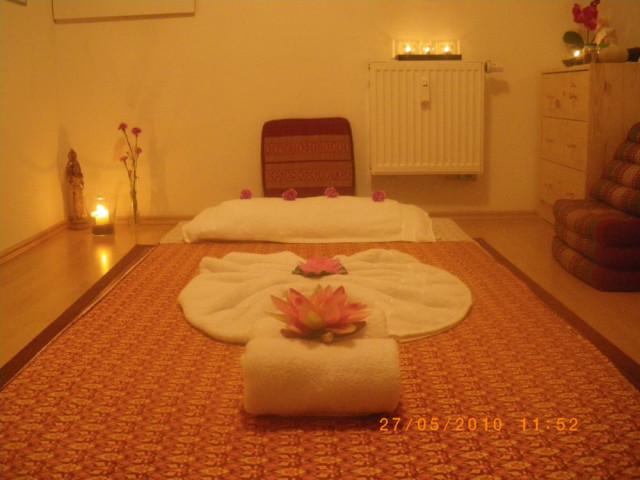 Thai massage surin Dang Massage