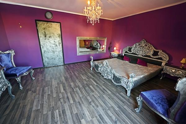 Villa Le Rouge im Redlight Guide für Baden-Baden